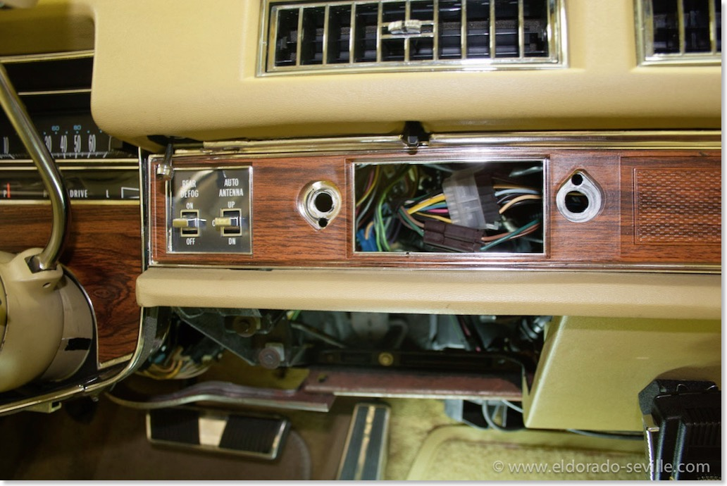 glove box light geralds 1958 cadillac eldorado seville. Black Bedroom Furniture Sets. Home Design Ideas